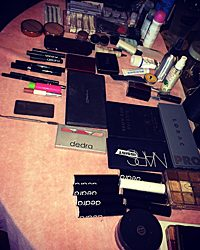 makeup to go blog oscars 2015 makeup set up awards tour arsenal