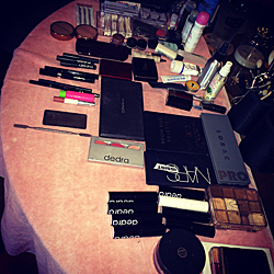 makeup to go blog oscars 2015 makeup set up awards tour arsenal