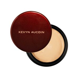 aliana moss makeup to go blog five favorite products right now Kevyn Aucoin sensual skin enhancer makeup to go blog