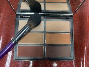Elizabeth Fox makeup to go blog Los Angeles San Francisco Las Vegas makeup artist blog five favorite products right n\ow Cozette beauty contour palette